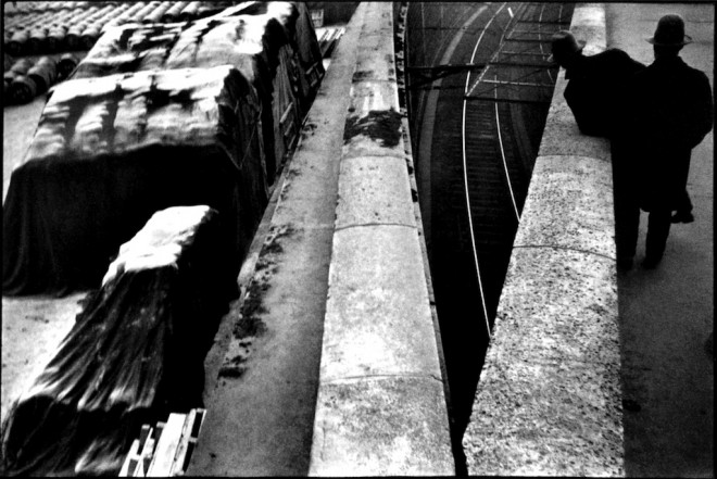 Henri_Cartier-Bresson_The_Quai_St_Bernard-660x441